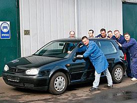 Molf A: Volkswagen Golf postavený z neoriginálních dílů