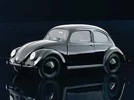 Projekt Volkswagen dostal zelenou před 75 lety, v továrním muzeu Porsche proběhne výstava