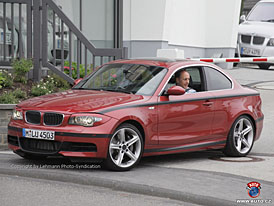 Spy Photos: Hans Joachim Stück v BMW 1 Coupé na Nürburgringu