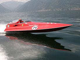 Člun s motorem z Ferrari F430 stanovil nové rekordy