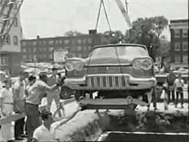 Plymouth Belvedere 57 po 50 letech v zemi (Video)