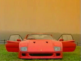 Video: Ferrari F40 poveden� d�rek k �ty�ic�t�m narozenin�m