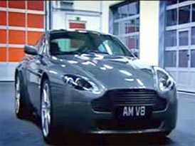 Video: Aston Martin V8 Vantage na N�rburgringu a nejen tam