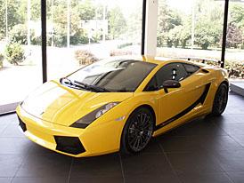 Lamborghini Gallardo Superleggera: kolik stoj� odtu��ovac� k�ra?