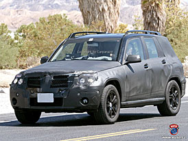 Spy Photos: Mercedes-Benz GLK v Praze i v USA