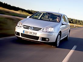 Volkswagen Golf BlueMotion United (4,3 l/100 km): Marketingov� v�lka se spot�ebou pokra�uje