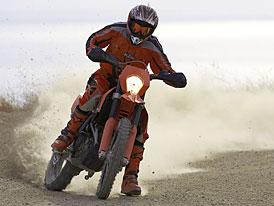 """KTM 690 Enduro: první """"oranžová"""" novinka pro rok 2008"""