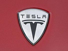 Eberhard odstupuje z �ela spole�nosti Tesla Motors, hled� se nov� ��f