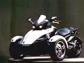 Video: BRP Can-Am Spyder � t��kolky se vrac� do m�dy