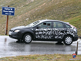 Spy Photos: Ford Focus �ek� facelift