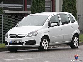 Spy Photos: Nový Opel Meriva - taková malá Zafira