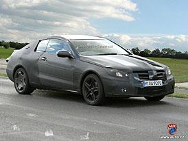 Spy Photos: Mercedes-Benz CLK - první foto nové generace