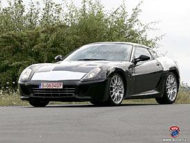 Ferrari F149 nebo 430 GT California, v každém případě 2+2 GT