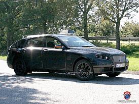 Spy Photos: BMW V5 Super-Touring - ani kombi, ani van, ani SUV