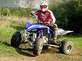 Akce Yamaha ATV 2008: YFM250R na tankodromu (velká fotogalerie)