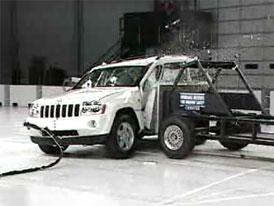 Americké nárazové testy SUV: velké auto neznamená automaticky bezpečné