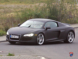 Spy Photos: Audi R8 dostane motor 5,0 V10 z Lamborghini Gallardo