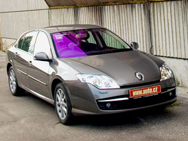 Renault Laguna Active Drive: návrat řízení všech kol (video)