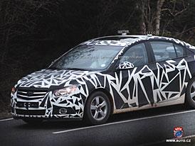 Spy Photos: Chevrolet Nubira bez povrchového maskování