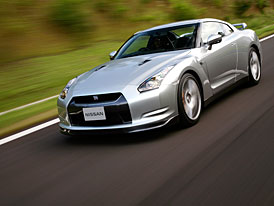 Nissan GT-R: omezovač se vypíná samočinně, jakmile jste na okruhu