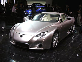 Tokio živě: Lexus LF-A do výroby již v roce 2008
