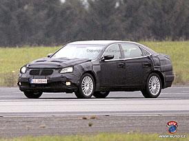 Spy Photos: Hyundai míří do luxusní třídy modelem větším než Genesis