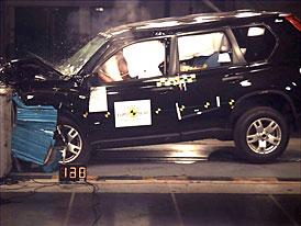 Euro NCAP: Nissan X-Trail m� 4 hv�zdy a v�born� hodnocen� ochrany d�t�
