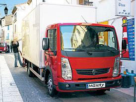 Renault Maxity: Univerz�ln� distributor