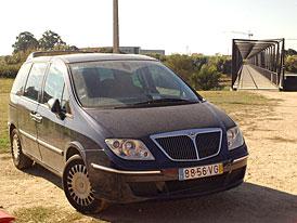 Portugalské automobilové postřehy (3. část): Máš rád lak svého auta? Radši dej spropitné