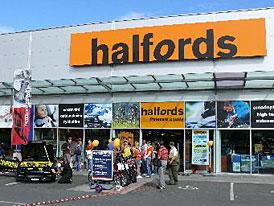 Prodejny Halfords v ČR od roku 2007 vykázaly ztrátu 330 mil. Kč