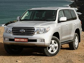 Toyota Land Cruiser V8: první jízdní dojmy