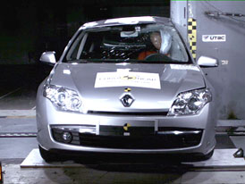 Euro NCAP: Renault Laguna - devátý Renault s pěti hvězdami