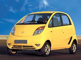 Tata Motors zva�uje prodej lidov�ho auta Nano v Evrop�