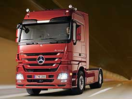 Mercedes-Benz Actros: nov� hv�zda mezi n�kladn�mi vozy