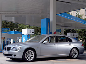 BMW Group: připraveni na nasazení biopaliv