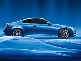 Infiniti G37 Sedan a Coupé pro Evropu: luxusnější Nissany 350Z se dvěma i čtyřmi dveřmi
