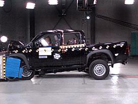 Euro NCAP: Isuzu D-Max - Rodeo ve zku�ebn�