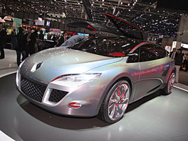 Ženeva živě: Renault Mégane Coupé Concept (video)
