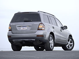 Mercedes-Benz v USA: modely ML, GL a R nyní i jako BLUETEC