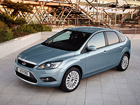 Ford Focus se �esti airbagy, s klimatizac� a s ESP nyn� ji� od 339.990,- K�