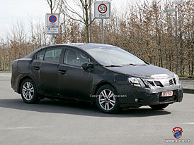 Spy Photos: Nov� Toyota Avensis - zapome�te na baroko (dal�� foto)