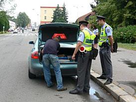 Návrh zákona: Policie nutná u nehody se škodou nad 100.000,- Kč