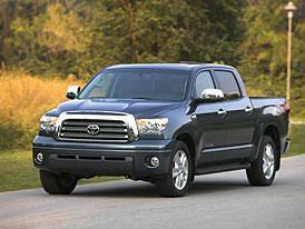 Toyota v USA: plné sklady vozů SUV