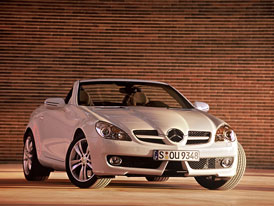 Mercedes-Benz SLK: automobilka oslavuje 500.000 prodan�ch voz�