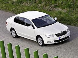 Průměrná spotřeba nových aut v EU loni klesla, v ČR ale rostla
