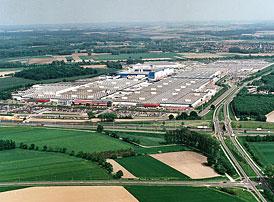 Výroba aut v EU: Zavírání továren není konec