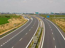 Dálnice D11 povede až do Hradce Králové zřejmě už v roce 2012