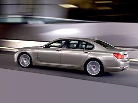 BMW: 740i už nemá osmiválec, 750i má dvě turbodmychadla