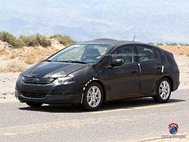 Spy Photos: Honda chystá vlastní Prius, Civic Hybrid to prý neohrozí