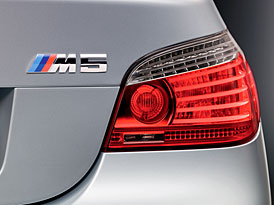 BMW M5 a M6 pro rok 2009: Drobná vylepšení a sportovní paket pro M6